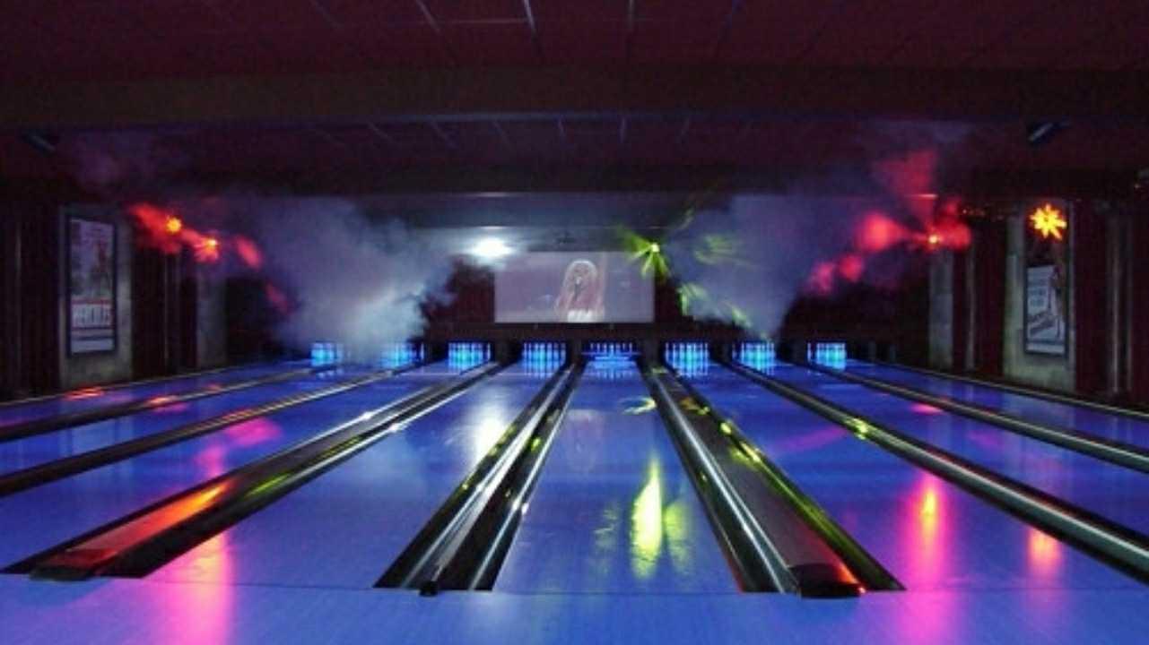 Disco bowling time